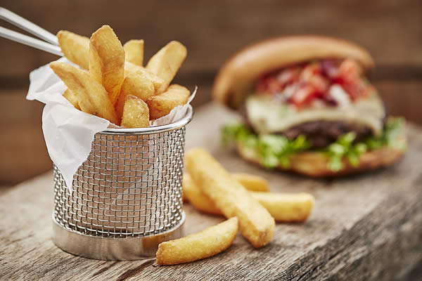 crispy-coated-fries-with-burger